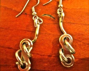 Twisted Spoke Link Earring