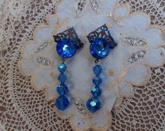 Beautiful Vintage 1970s Art Deco Style Blue Faceted Crystal Drop Earrings
