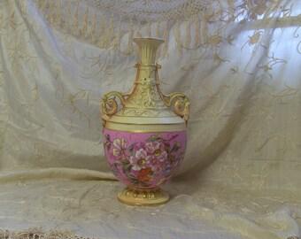 Gorgeous Antique 1900s Collectible German Rudolstadt Porcelain Vase