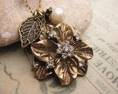 SALE 10% OFF  Vintage Style Flower Necklace