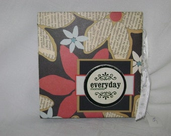 EVERYDAY MEMORIES Star Mini Scrapbook Album - PREMADE