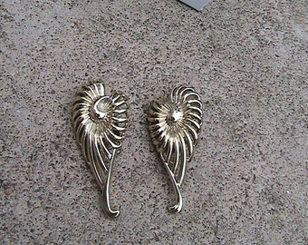 Vintage Gold Wings Clip Ear Rings by CHAREL- Nautical Sea Horse