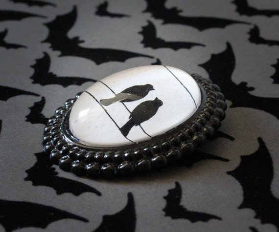 Black Lovebirds Brooch