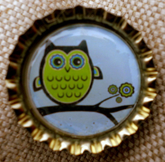 CLEARANCE-Retro owl on a Branch bottle cap magnet