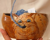Yarn bowl, Ceramic yarn bowl number 2, knitting yarn bowl with engraved cat