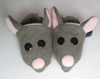 mice booties  size 0 to 3 months