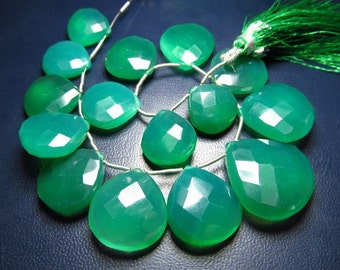 AAA - HIGH QUALITY Super Fine - Nice - Colour - Emarald - Green -Colour  - Green - Onyx  - Huge Size 14x14 - 23x23 mm - 15 Pcs - Faceted -