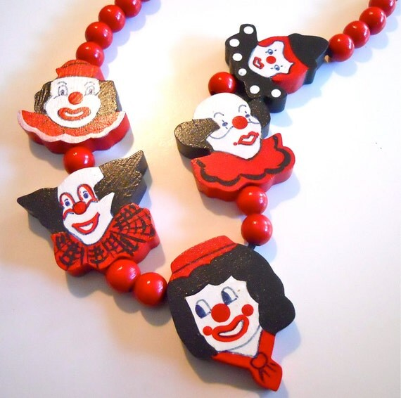 Send in the Clowns vintage 1980s Woodcut Painted Clown Necklace