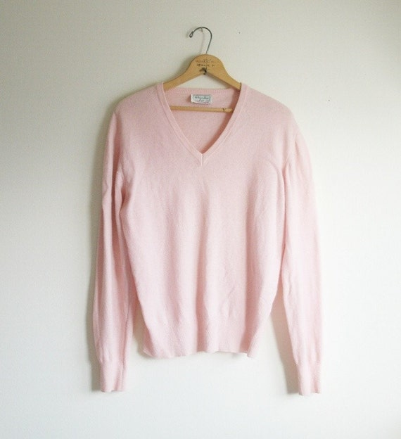 ON SALE Pale Pink Vintage Benetton V neck sweater by Argyle23