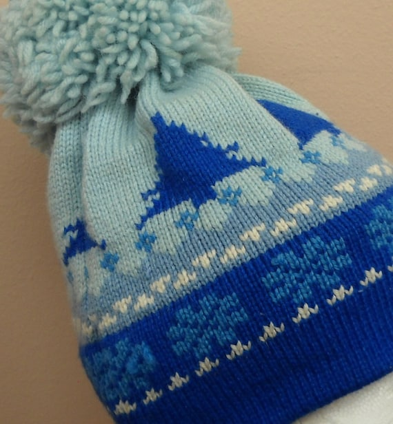 Vintage Wool snow skit hat with huge pom pom Blue winter Pine Trees 80s