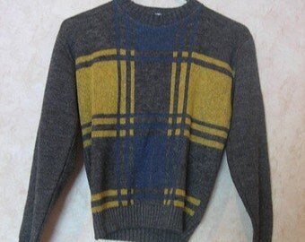 1970s Checked Grey Sweater