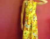 Vintage 70s Yellow Floral Ruffle Maxi Dress M Colorful Hippie Flower 38 Bust