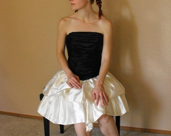 80s Prom Dress Strapless Formal Gown Black White Bows Ruched XS XXS