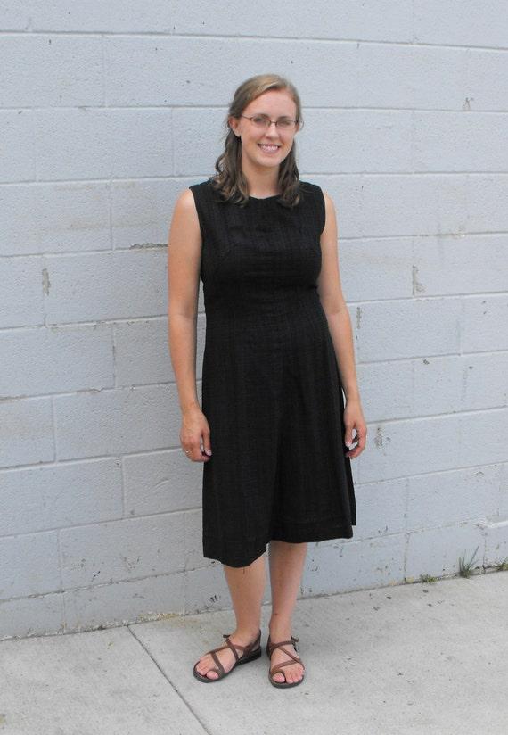 Basic Black Dress Sleeveless Cotton Rayon Fashion Frock Vintage 60s 1960s L