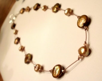Bronze floating pearl necklace