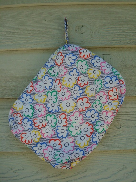 Durable, Zipper Top Loading Waterproof Wet Bag with Cotton Exterior - 12 X 15 X 2 - Colorful Daisies