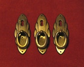 Vintage Keyhole Drawer Pulls - Large Brass Furniture Decor -  Elegant Escutcheon Drawer Pull / Handle / Knob - Set of 3. (L-1)