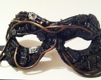 techno mascarade mask
