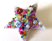Superstar Fantastic button and bead brooch art pin
