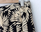 80s pleated silk pleated skirt in navy blue and beige with leaf print - Afternoon Tea (m)