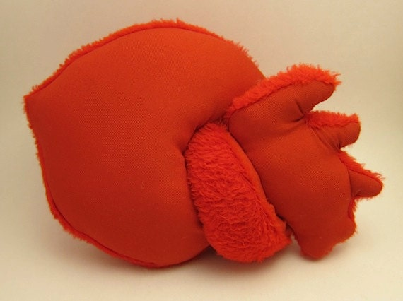 Plush stuffed anatomical heart red fuzzy valentine heart toy