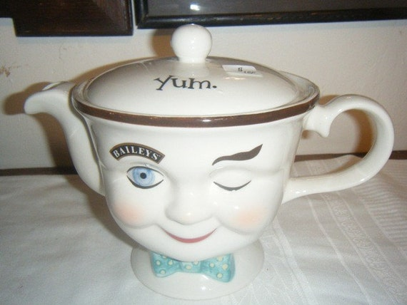 Yum Tea Pot