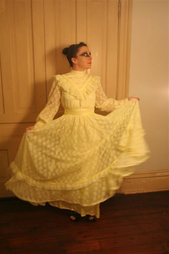 1970s Sunny Summer Dress LoLita Lemon Yellow