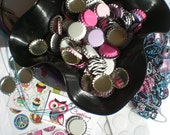 100 Bottle Caps -  Linerless, UN-flattenned - in your choice of 6 Colors - Chrome, White, Light Pink, Hot Pink, Purple, and ZEBRA
