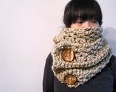 Chunky Long Scarf in Oatmeal with Coconuts Buttons