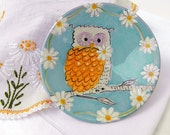 Owl in the Daisies