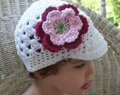 WHITE BRIMMED BEANIE HAT WITH FLOWER CLIP size 2-5 years PHOTO PROP