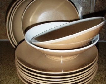 vintage kitsch ... MELMAC 13 pce group of PLATES and BOWLS ... cool ...