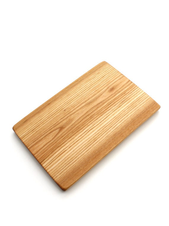 Red Elm Chopping Board - Unique natural edge Sustainable Harvest Wisconsin Wood