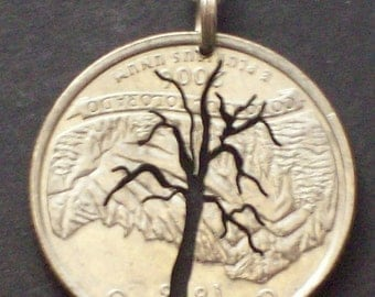 Tree Pendant in Quarter