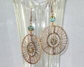 Dream Catcher - Glass bead dangle earring (blue)