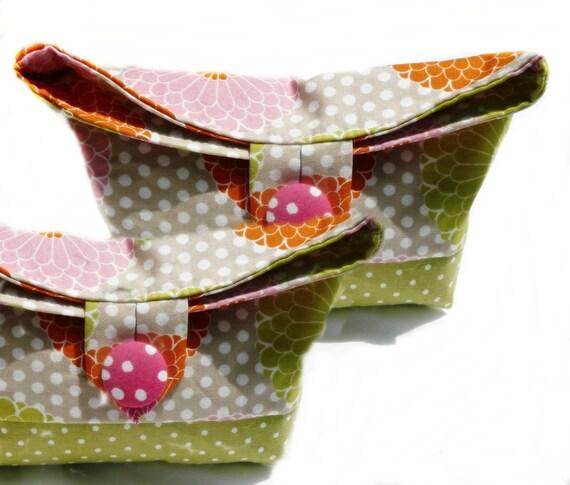 Personalized makeup bag,  Set of 5  bridal party makeup bags,
