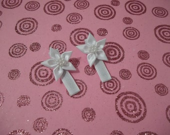 Pretty in White- Silk flower hair clip set