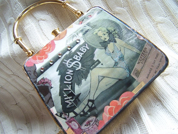Retro Aviation Nose-art Girls Flirty Gold Evenung Purse