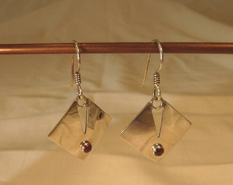 Contemporary Sterling Silver Earrings With Garnet