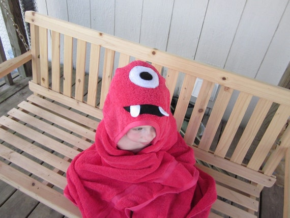 Muno inspired hooded towel