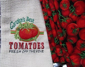 COMBO SET - Tomato Vintage Sign (Cream) - (Kitchen Towel and 8 Dinner Napkins) - Microfiber Waffle Weave Towel