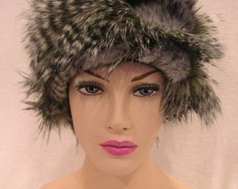 French Feathers Grey Faux Fur Hat