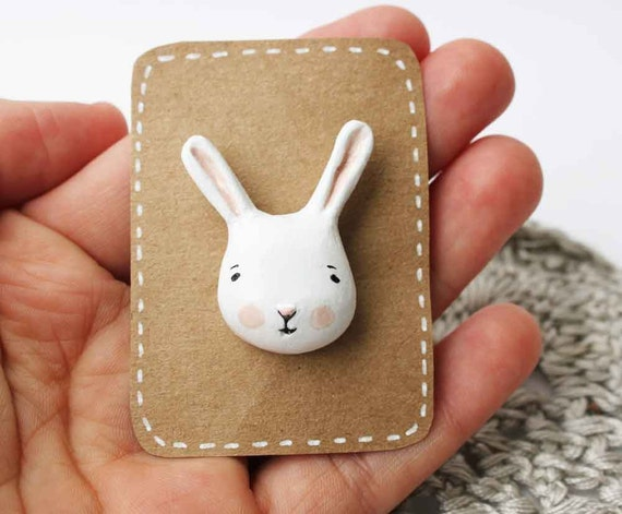 Animal face clutch pin - White bunny accesory