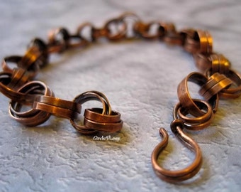 Copper loop bracelet
