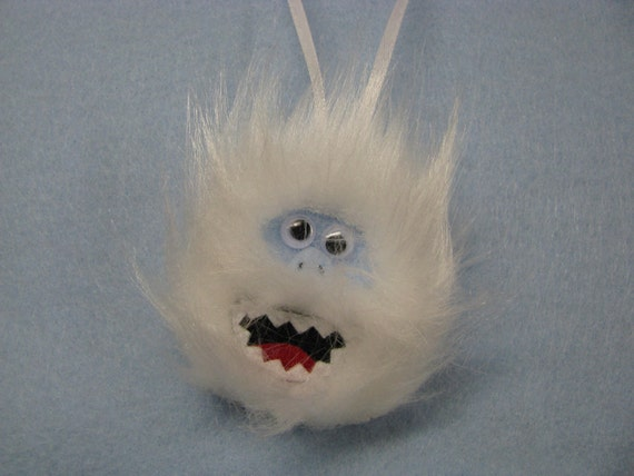 Bumble the abominable snowman christmas tree by for Abominable snowman christmas light decoration
