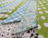 On Sale - Shabby Chic Bunting - DITSY FLORAL - A string of pretty floral flags for Happy Celebrations