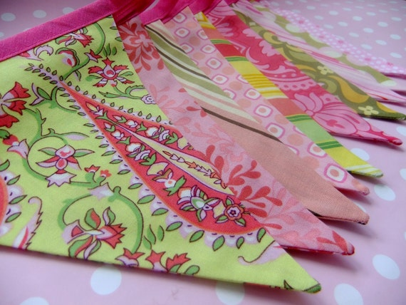 Bright Colourful Party Bunting - FIESTA in Hot Pink and Lime - 9 Feet PLUS ties, perfect for Weddings, Birthdays and Photo's
