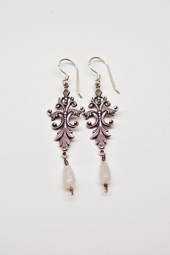 SALE - FLEUR de LIS : Sterling Silver French Style Drop Earring