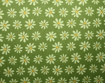 Cotton Daisies in Green  (Yardage Available)