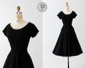 50s black dress medium large / 1950s full circle skirt formal hollywood : Black Beauty
